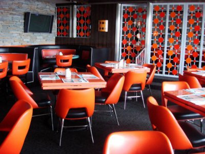 Orange_Pop_Dining_area_Interior_Design_restaurant_588x441